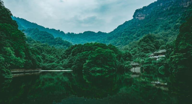 中秋節連休は目新しいニッチな旅行先が人気、秋景色の都江堰など―中国
