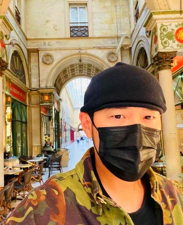 台湾人気歌手ジェイ・チョウ、パリにケータイ忘れる