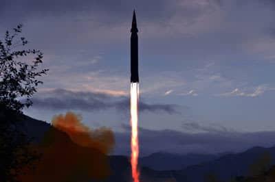 金正恩「ミサイル連射」の背景に社会の深刻な混乱